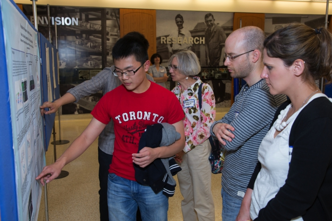 Summer student Peiran Su explains the intricacies of proteasome dynamics like a seasoned pro