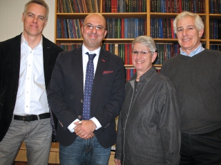Arash Zarrine-Afsar with Chair Justin Nodwell (left) and Benjamin Schachter's daughter Bonnie Druxerman and husband Peter Druxerman.