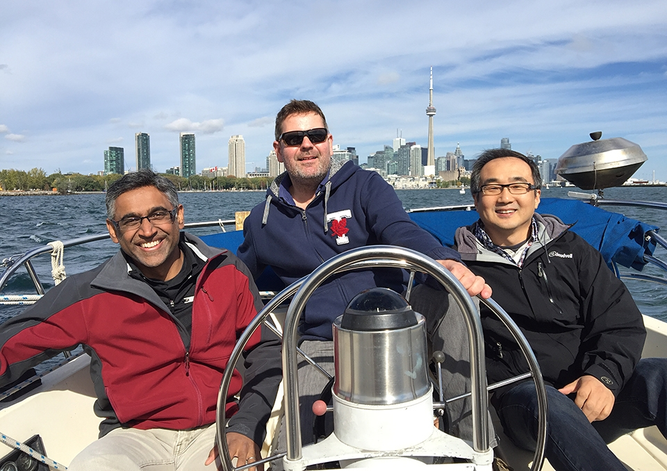Ramanujan Hegde (left) enjoys some down time with captain Angus McQuibban and first mate Peter Kim. And yes, we do treat our seminar speakers well!