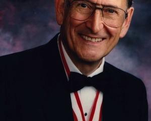 An image of Gordon Dixon.